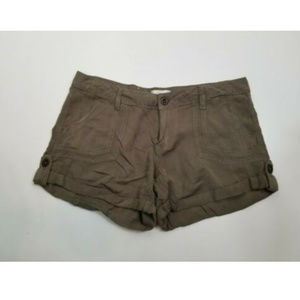 Altard State Women Shorts Green Cuffed Large